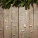 Πίνακας με το χριστουγεννιάτικο δέντρο και snowflakes Στοκ εικόνες με δικαίωμα ελεύθερης χρήσης