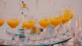 Πίνακας μπουφέδων με τα ποτά απόθεμα βίντεο