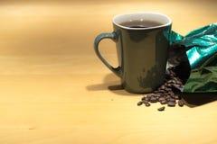 πίνακας φλυτζανιών καφέ Στοκ φωτογραφία με δικαίωμα ελεύθερης χρήσης