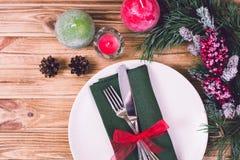 Πίνακας Χριστουγέννων που θέτει με τις διακοσμήσεις Χριστουγέννων, Τοπ άποψη, Copyspace Στοκ φωτογραφίες με δικαίωμα ελεύθερης χρήσης