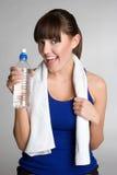 πίνοντας γυναίκα ύδατος ικανότητας Στοκ εικόνες με δικαίωμα ελεύθερης χρήσης