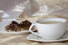 πίνοντας τσάι Στοκ φωτογραφία με δικαίωμα ελεύθερης χρήσης