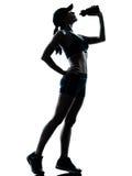 πίνοντας jogger γυναίκα δρομέων Στοκ Εικόνα