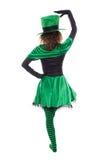 Πίσω άποψη από ένα χορεύοντας leprechaun κορίτσι, που απομονώνεται στο λευκό, con Στοκ Εικόνες