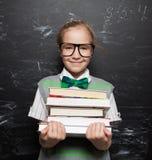 πίσω απομονωμένο σχέδιο σχολείο παιδιών ανασκόπησης στο λευκό Στοκ εικόνα με δικαίωμα ελεύθερης χρήσης