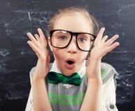 πίσω απομονωμένο σχέδιο σχολείο παιδιών ανασκόπησης στο λευκό Στοκ φωτογραφία με δικαίωμα ελεύθερης χρήσης