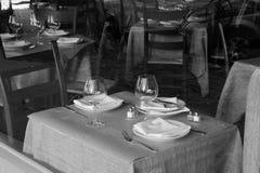 πίσω από να δειπνήσει το γυ Στοκ εικόνες με δικαίωμα ελεύθερης χρήσης