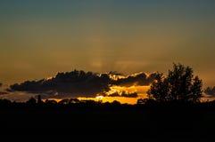 Πίσω από τα σύννεφα Στοκ Εικόνα