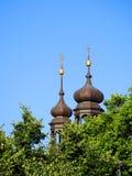 πίσω και χρυσός πύργος αρχιτεκτονικής στην Τσεχία Στοκ εικόνα με δικαίωμα ελεύθερης χρήσης
