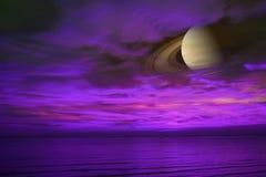 Πίσω ουρανός ηλιοβασιλέματος σύννεφων νύχτας του Κρόνου στη θάλασσα, έννοια Κρόνος κοντά στο Ε Στοκ φωτογραφία με δικαίωμα ελεύθερης χρήσης