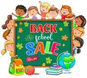 Πίσω στην απεικόνιση σχολικής πώλησης με το σχολικό πίνακα και διαφορετικός Στοκ εικόνες με δικαίωμα ελεύθερης χρήσης