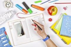 πίσω σχολείο έννοιας εκπαίδευση, πρόγραμμα, σχολείο, γραφείο, διοργανωτής, συνεδρίαση, topview στοκ φωτογραφίες με δικαίωμα ελεύθερης χρήσης