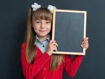 πίσω σχολείο κοριτσιών Στοκ φωτογραφία με δικαίωμα ελεύθερης χρήσης