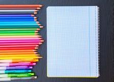 πίσω σχολείο μολυβιών Στοκ φωτογραφίες με δικαίωμα ελεύθερης χρήσης