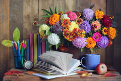 πίσω σχολείο 1 Σεπτεμβρίου, ημέρα γνώσης, teacher& x27 ημέρα του s Στοκ Εικόνες