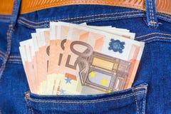 Πίσω τσέπη τζιν παντελόνι με τα ευρο- χρήματα Στοκ εικόνες με δικαίωμα ελεύθερης χρήσης