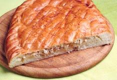 Πίτα λάχανων κομματιού Στοκ εικόνες με δικαίωμα ελεύθερης χρήσης