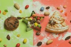 Πίτα και γλυκά της Apple στο ζωηρόχρωμο υπόβαθρο Στοκ εικόνες με δικαίωμα ελεύθερης χρήσης