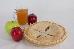 Πίτα και μηλίτης της Apple Στοκ Φωτογραφίες