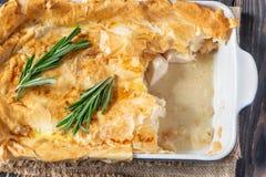 Πίτα κοτόπουλου με το philo στοκ φωτογραφία με δικαίωμα ελεύθερης χρήσης