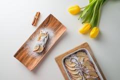Πίτα μήλων με την κανέλα Στοκ εικόνες με δικαίωμα ελεύθερης χρήσης