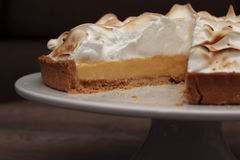 Πίτα μαρέγκας λεμονιών Στοκ εικόνες με δικαίωμα ελεύθερης χρήσης