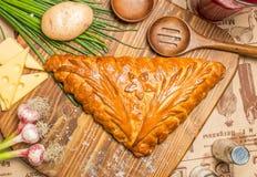 Πίτα με τα κρεμμύδια και τα αυγά Στοκ εικόνες με δικαίωμα ελεύθερης χρήσης