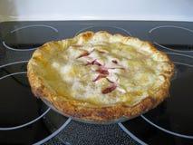 Πίτα ρεβεντιού και φραουλών στοκ εικόνες