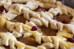 Πίτα της Apple έτοιμη για το ψήσιμο Στοκ Εικόνες