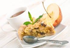 Πίτα της Apple και φρέσκος Στοκ φωτογραφία με δικαίωμα ελεύθερης χρήσης