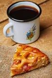 Πίτα της Apple και MAG Στοκ Φωτογραφία
