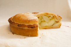 Πίτα της Apple με να λείψει φετών Στοκ Φωτογραφία