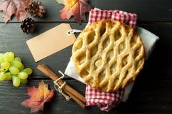 Πίτα της Apple με την κενή ετικέτα Στοκ Φωτογραφίες