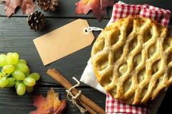 Πίτα της Apple με την κενή ετικέτα Στοκ Φωτογραφία