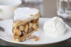 Πίτα της Apple με τη μακροεντολή παγωτού Στοκ Φωτογραφία