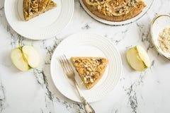 Πίτα της Apple με τις φέτες μπανανών Στοκ φωτογραφία με δικαίωμα ελεύθερης χρήσης