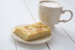 Πίτα της Apple με τον καφέ Στοκ Φωτογραφία