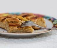 Πίτα της Apple σε ένα πιάτο Στοκ Φωτογραφίες