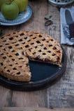 Πίτα της Apple σε μια περικοπή Στοκ εικόνες με δικαίωμα ελεύθερης χρήσης