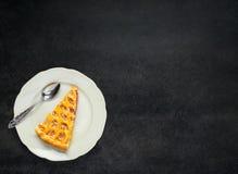 Πίτα της Apple φετών στη διαστημική περιοχή κειμένων αντιγράφων Στοκ Εικόνες