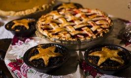 Πίτες κερασιών ημέρας των ευχαριστιών και κιμά Στοκ Εικόνα