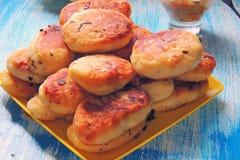 Πίτες με το λάχανο στοκ εικόνα