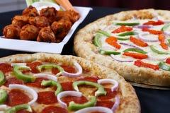 πίτσα διαπραγμάτευσης combo Στοκ εικόνα με δικαίωμα ελεύθερης χρήσης