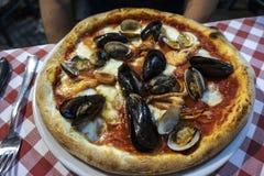 Πίτσα θαλασσινών Στοκ εικόνα με δικαίωμα ελεύθερης χρήσης