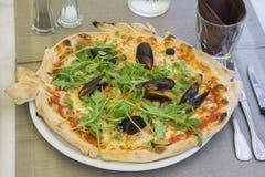 Πίτσα με τα θαλασσινά Στοκ φωτογραφία με δικαίωμα ελεύθερης χρήσης