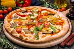 Πίτσα με το χορτοφάγο λαχανικών Στοκ φωτογραφία με δικαίωμα ελεύθερης χρήσης