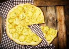 Πίτσα πατατών Στοκ εικόνες με δικαίωμα ελεύθερης χρήσης