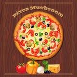 Πίτσα στο ξύλινο υπόβαθρο με τα συστατικά Στοκ Εικόνες