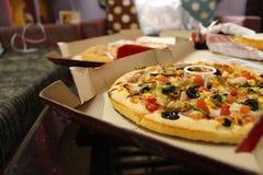 Πίτσα τρελλή Στοκ εικόνα με δικαίωμα ελεύθερης χρήσης