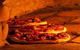 πίτσα φούρνων στοκ φωτογραφίες με δικαίωμα ελεύθερης χρήσης